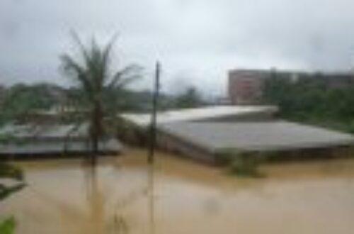 Article : Douala sous les eaux : un éternel recommencement
