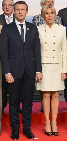 Le couple Macron au sommet du G7
