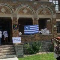 Les partisans du sécessionnisme à l'ambassade du Cameroun (Canada)